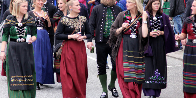People dressed in national costume at Ólavsøka