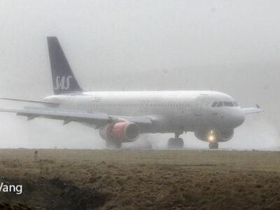 SAS landing at Vágar Airport (Image credits: Jens Kr. Vang)